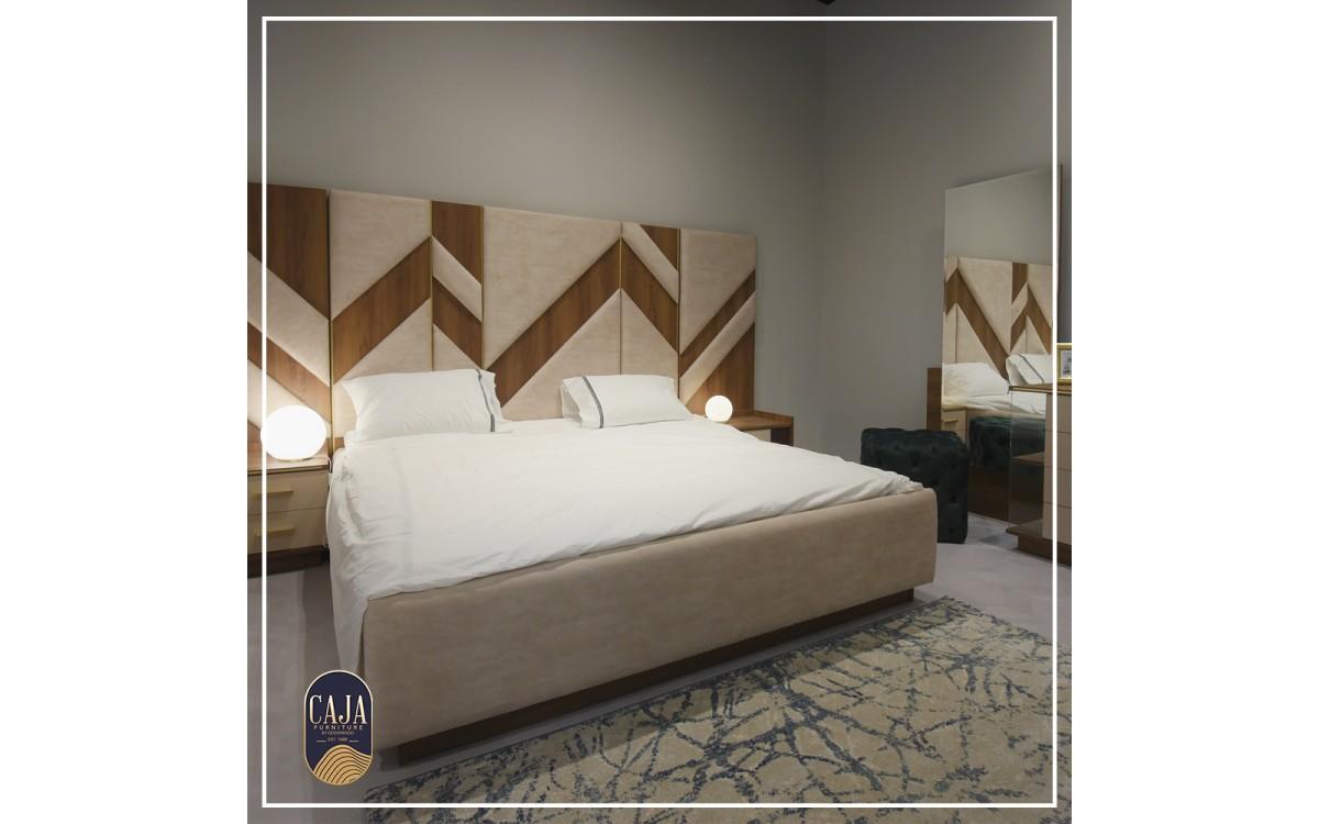 Triangles bedroom